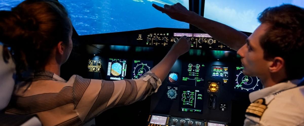 Découverte aéronautique avec AviaSim