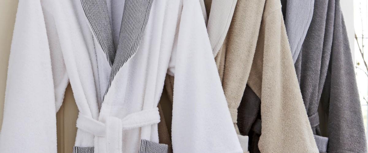 Peignoir en coton : linge de bain pratique, confortable et luxueux