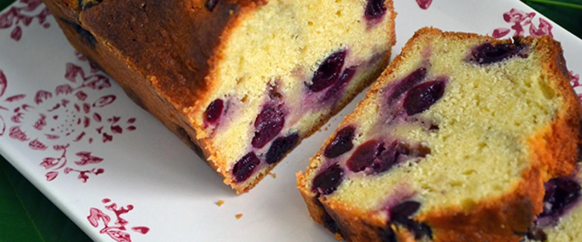 Surprenez votre monde avec le cake aux cerises de Délices et Gourmandises