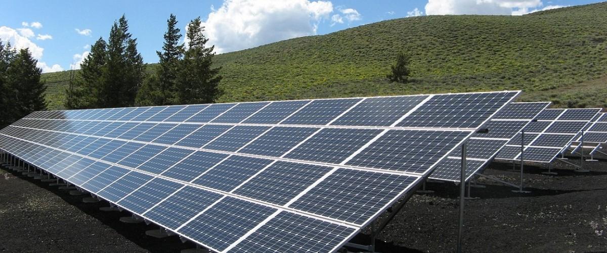 Installation des équipements en énergies renouvelablesassurant avec Eco environnement