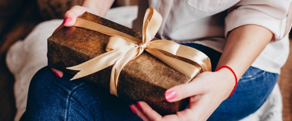 Zoom sur les cadeaux offerts aux clients par les entreprises