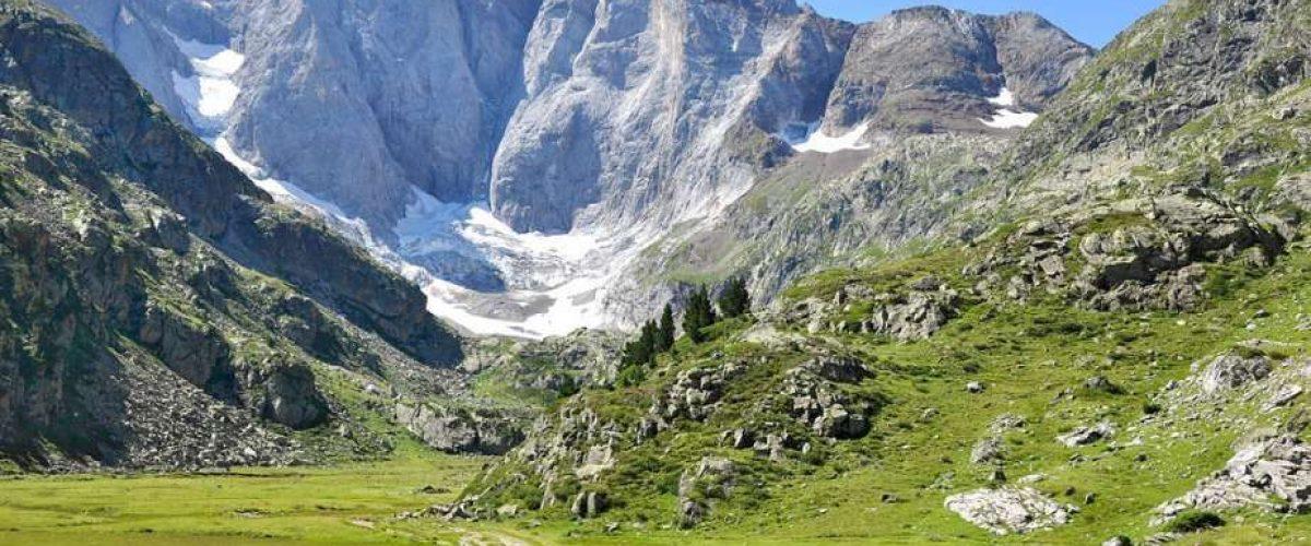 Louer un chalet Pyrénées : les avantages